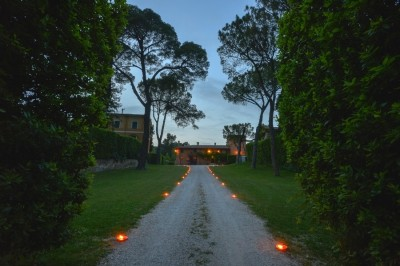Borgo Boncompagni Ludovisi - viale di ingresso