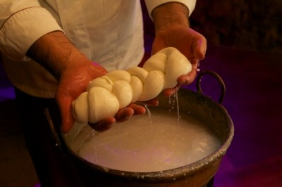 Borgo Boncompagni Ludovisi - the fresh-made mozzarella corner