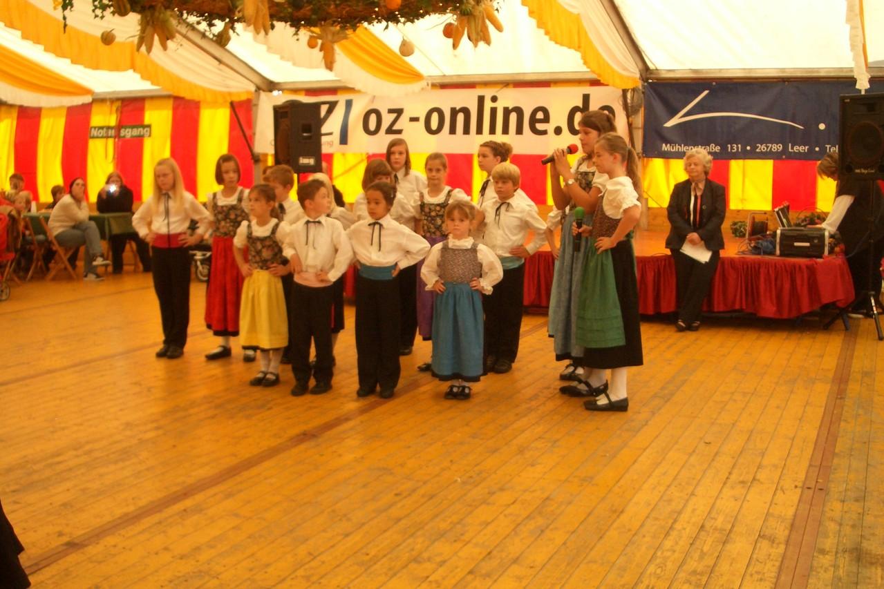 Ostfreesen Dancers auf dem Senioren-Nachmittag