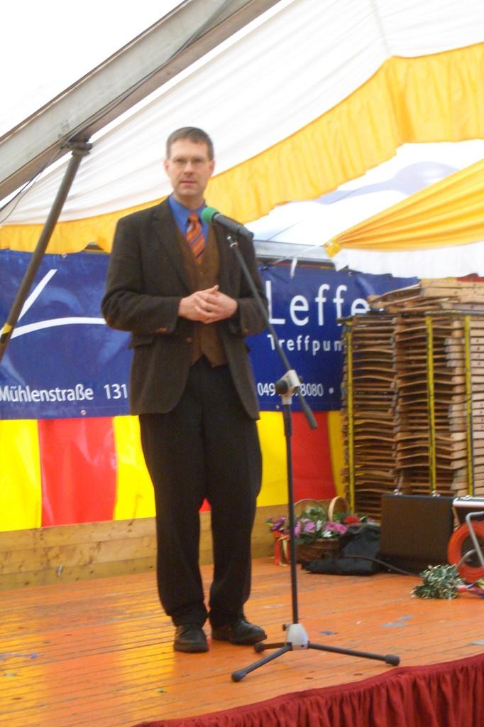 Pastor Stefan Bischof auf dem Senioren-Nachmittag