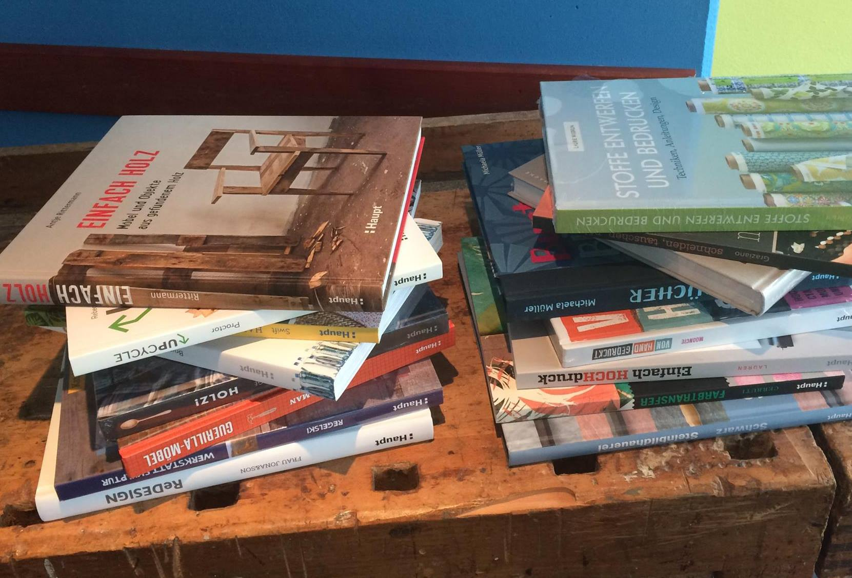 Für unser Café haben wir spannende Bücher mit vielen Ideen zum Gestalten bekommen. Vielen Dank an den Haupt Verlag für das Sponsoring!