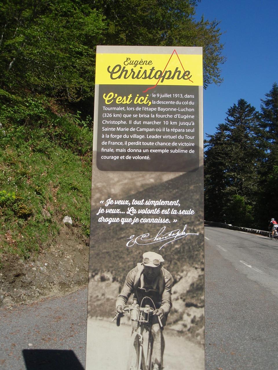 Stèle en hommage à Eugène Christophe