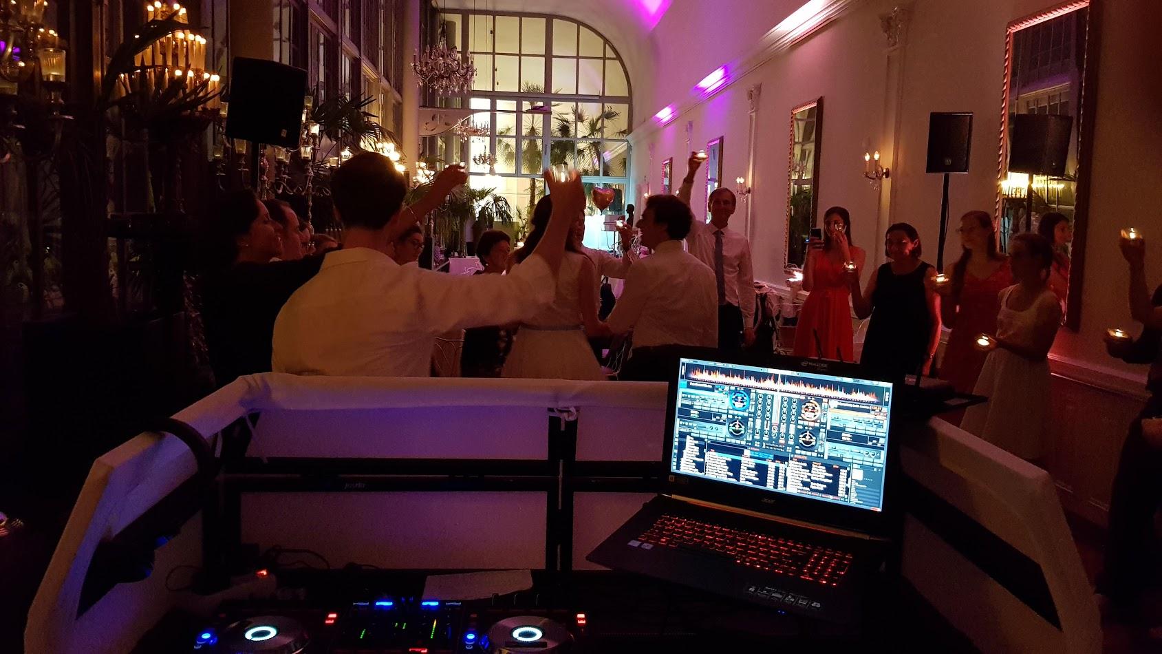 Hochzeitsparty im Schloss Nymphenburg - Cafe Palmenhaus