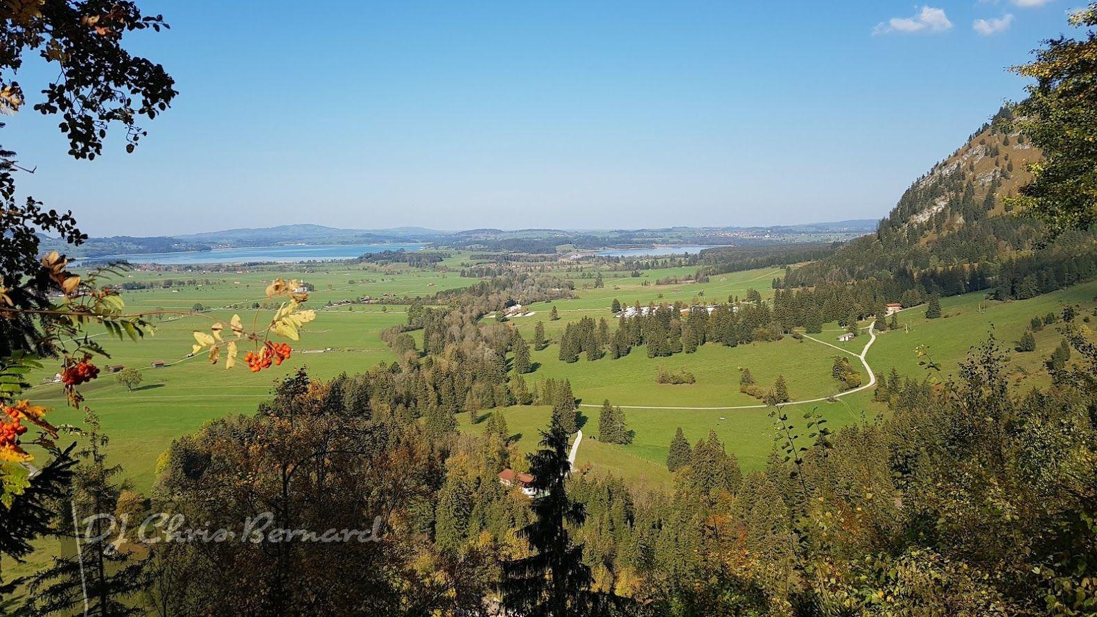 """Eine Traumhafte Landschaft im Allgäu, hier befindet sich auch das """"Schloss zu Hopferau"""""""