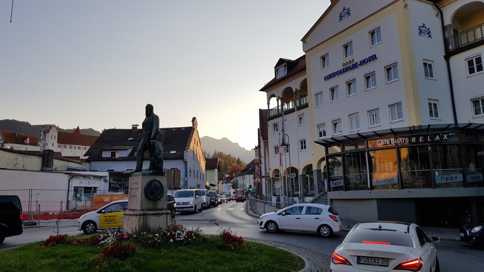 """Füssen - das Rathaus im Schloss, hier geben sich viele Brautpaare formal das """"Ja"""" Wort ..."""