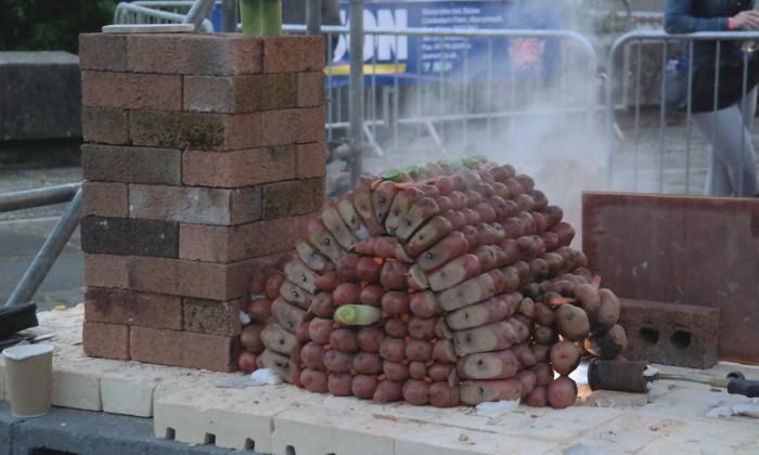Potato kiln: Peter Lange and Duncan Snearer