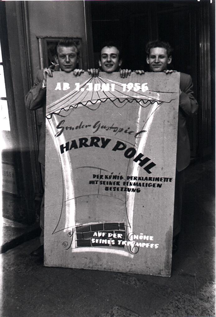 Wolfgang Schlüter rechts, 1956. Fotocredit: Wolfgang Schlüter
