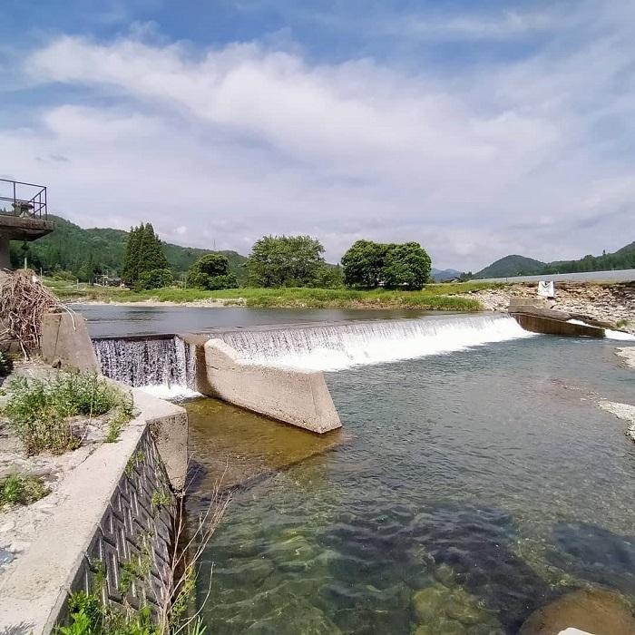 飛騨あさひの釣り場「豆田堰堤下」