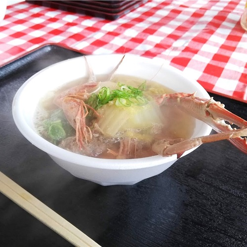 ぶり街道祭りの目玉「海鮮鍋」