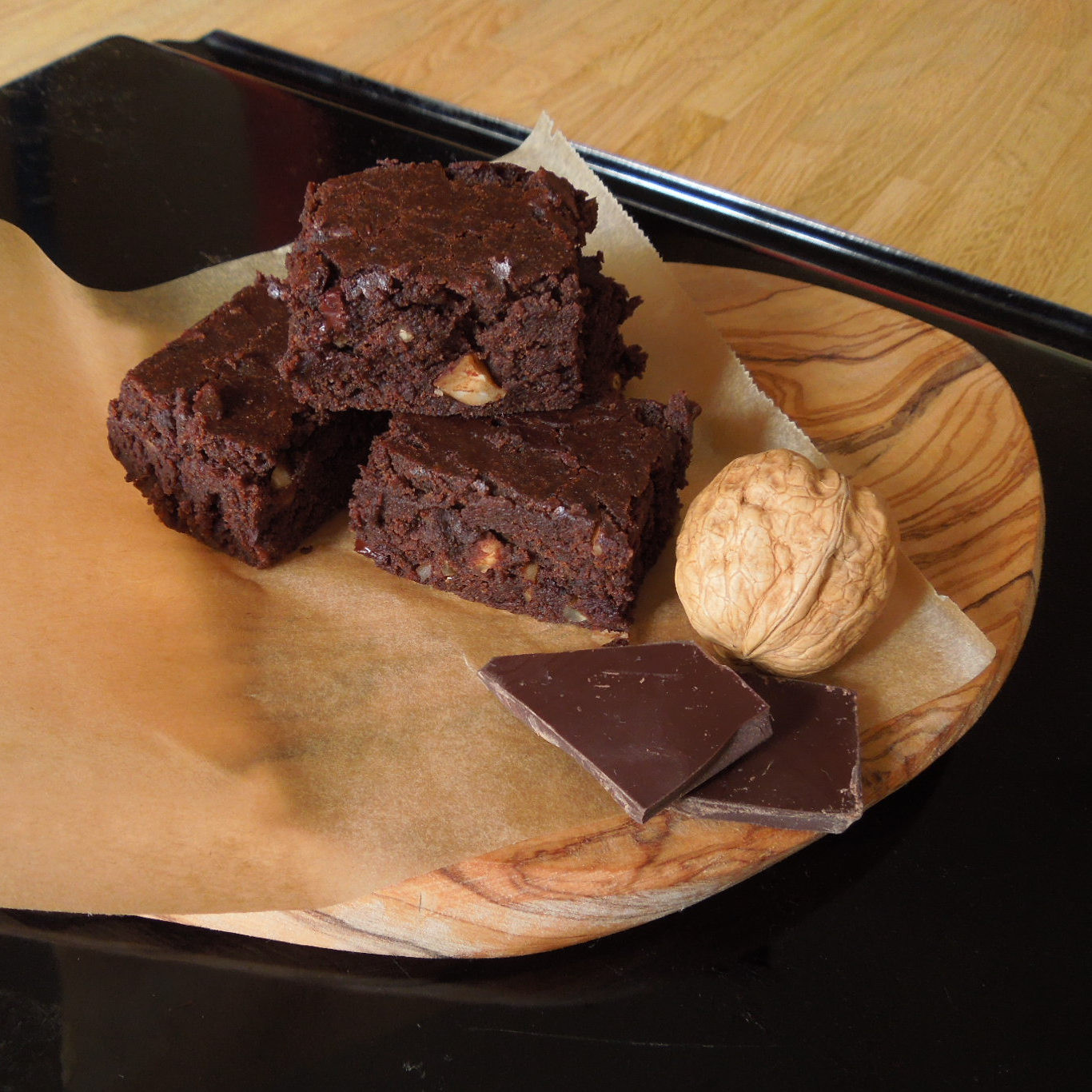 chocolate brownies with walnuts pure cuisine. Black Bedroom Furniture Sets. Home Design Ideas