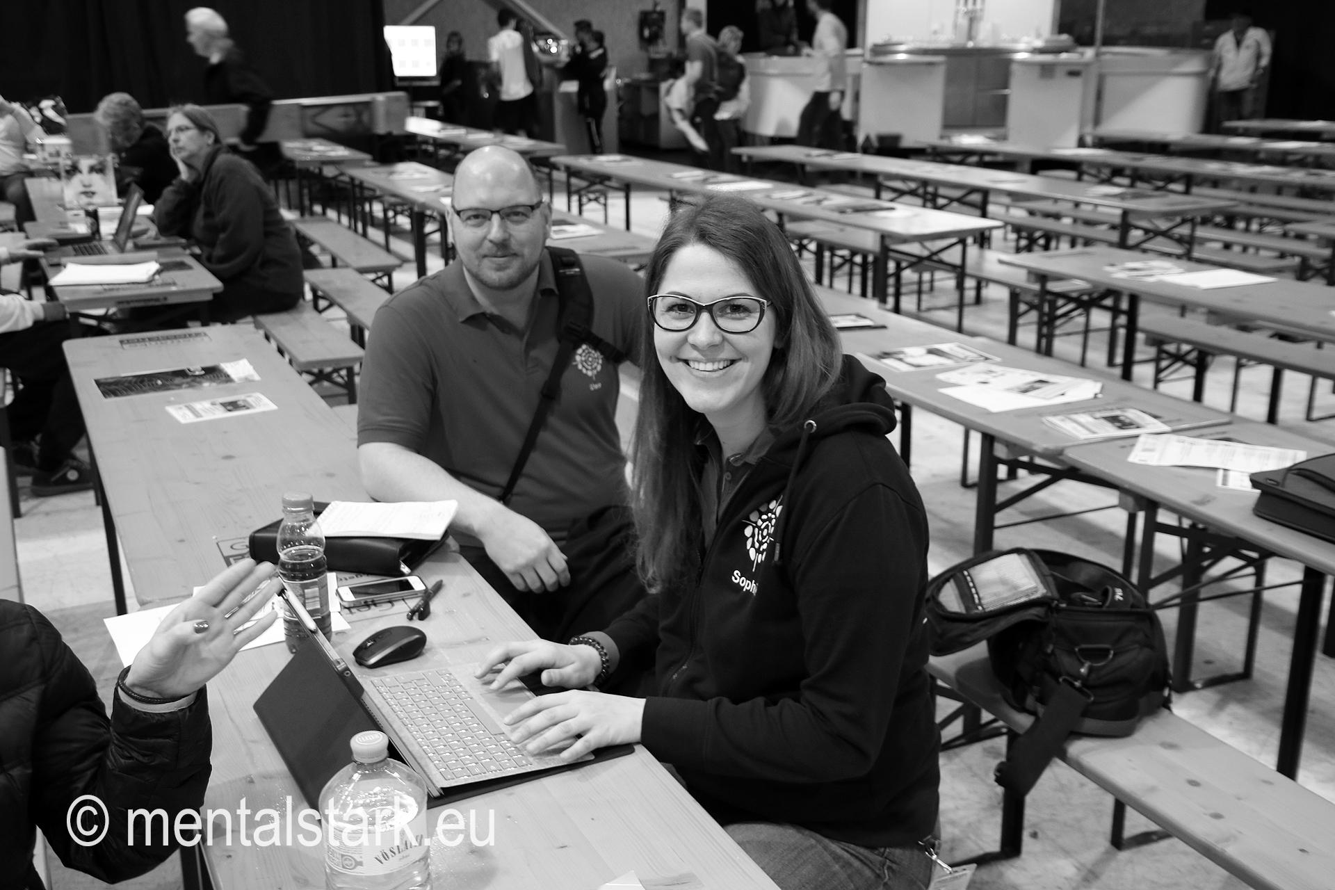 Uwe Gessl & Sophie Pusterhofer bei der Pressearbeit