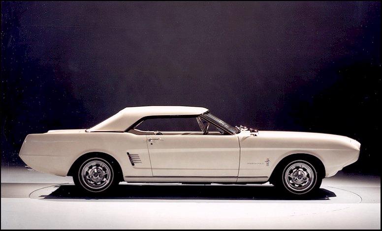 1963 kam die Mustang II Studie  (Bild: Rob Baran)