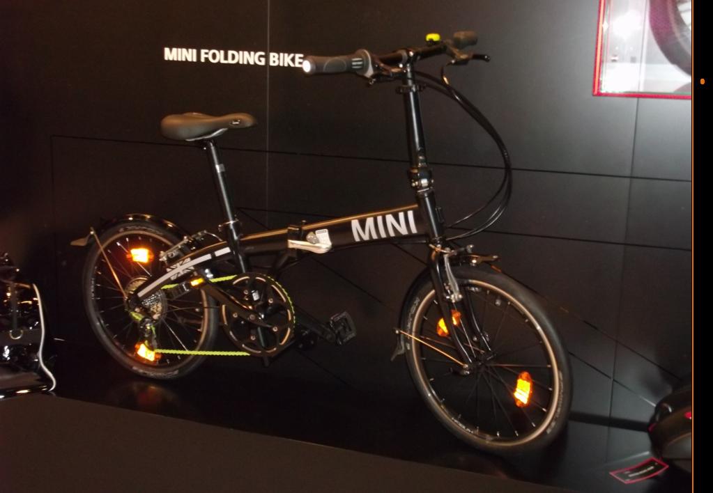 MINI | Urban mobility hat 6 Räder.