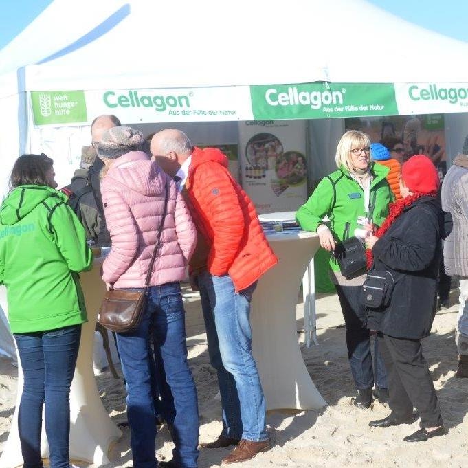 Tagesbetrieb des Kooperationsstandes Cellagon und Welthungerhilfe an der Seebrücke Heringsdorf beim Baltic Lights 2017 auf Usedom.