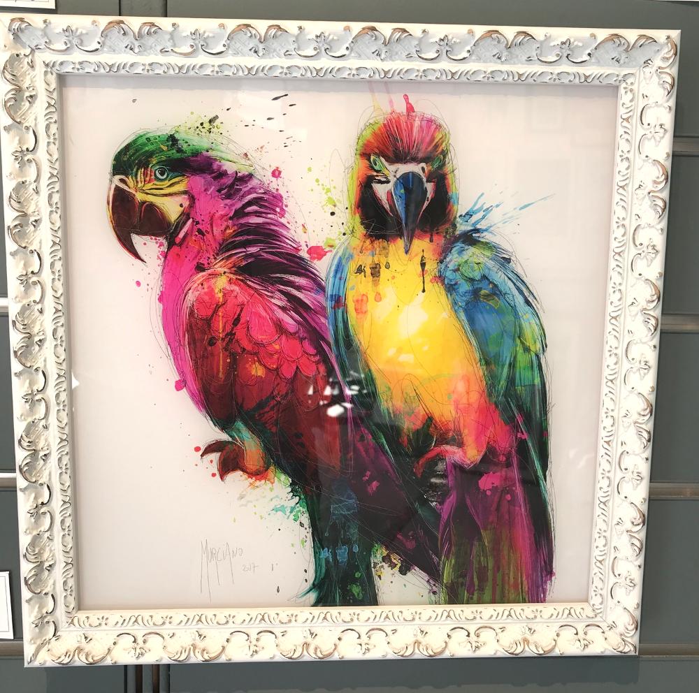 « Tropical colors », de Patrice MURCIANO Affiche imprimée sur plexi glass Prix du plexi (30x30cm) : 30€      Prix du cadre baroque : 27€ L'ensemble : 57€ Le tout peut voyager car c'est du plexiglas et non du verre.  10 autres modèles de reproductions de M