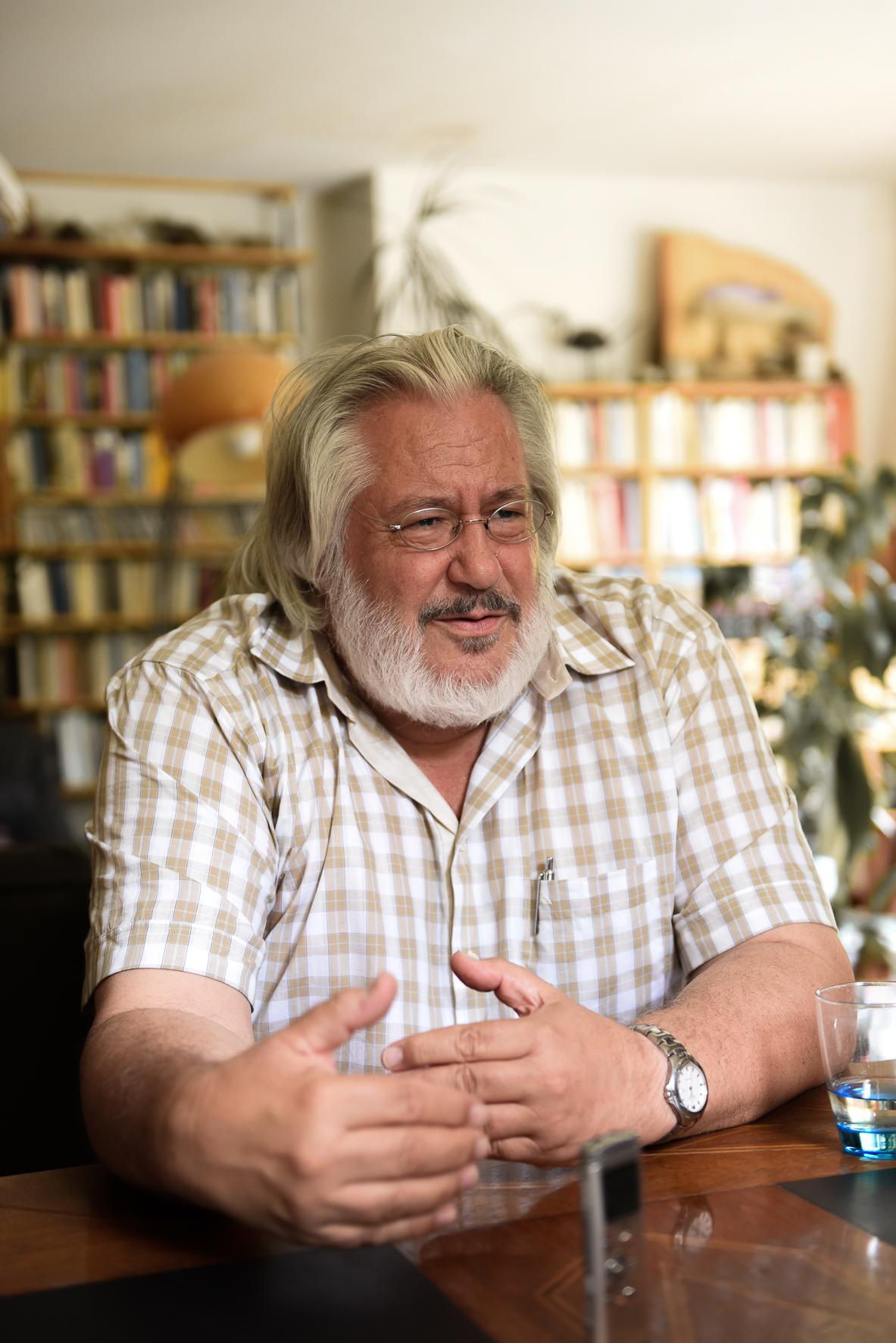 THOMAS HUONKER