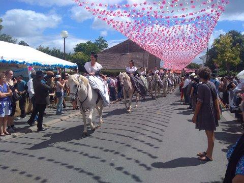 félibree dordogne événement culture découverte occitan culture régionale groupe folklorique les ménestrels sarladais