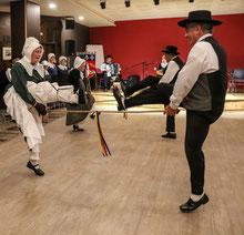 danse des bâtons vieux métiers ménestrels sarladais groupe folklorique occitan