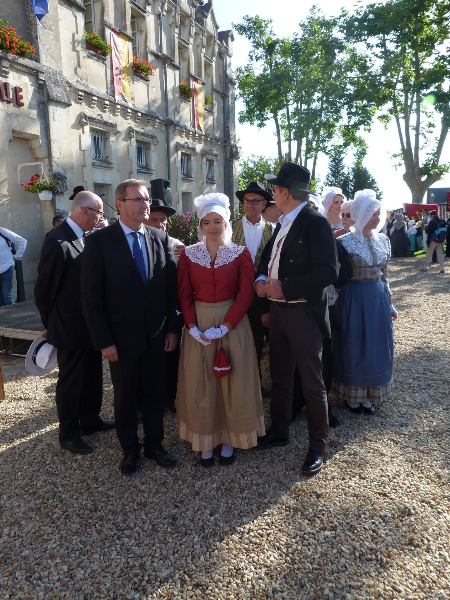 félibree fête de l'occitanie en dordogne événement culture découverte occitan culture régionale groupe folklorique les ménestrels sarladais