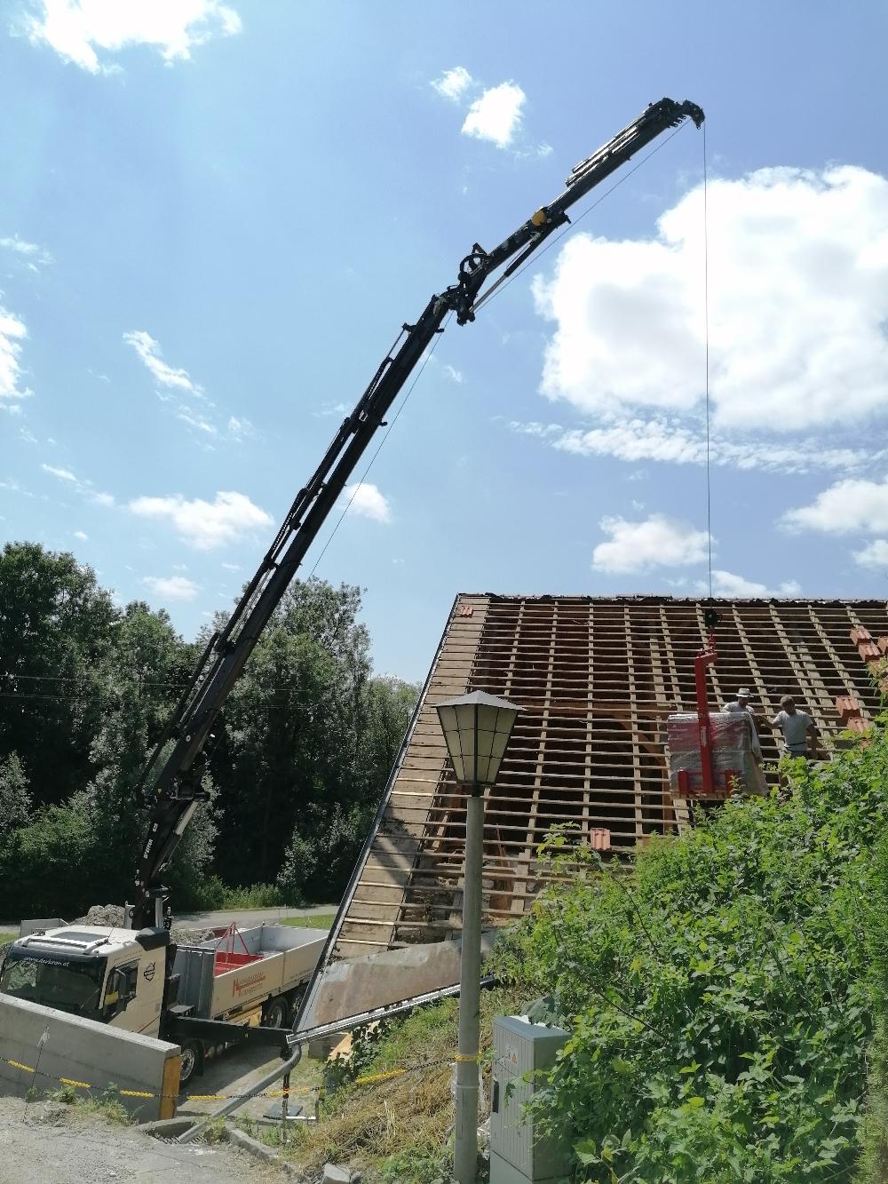 WAB LKW mit Kran, Dach Arbeiten