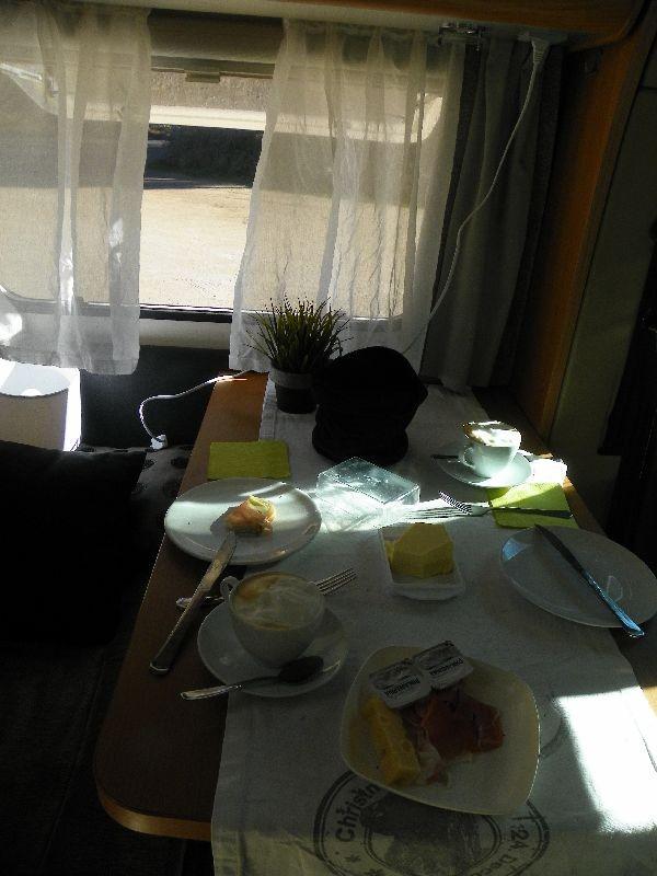Nach dem Frühstück gehts es über Bozen weiter nach Epan    gef. Km 36