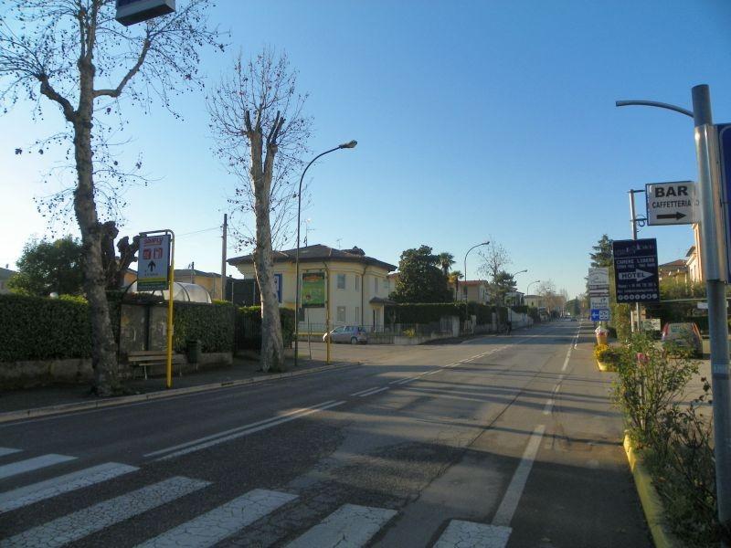 Bushaltestelle direkt beim Stellplatz