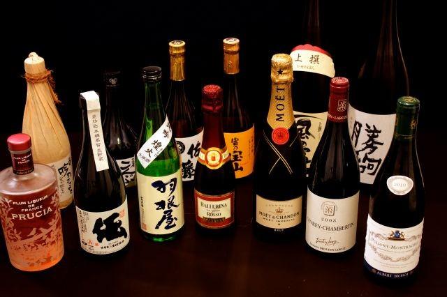 日本酒、焼酎、ワイン等、様々なお飲み物をご用意しております。