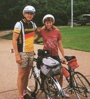 孫娘とサイクリングへ(1994年・66歳)