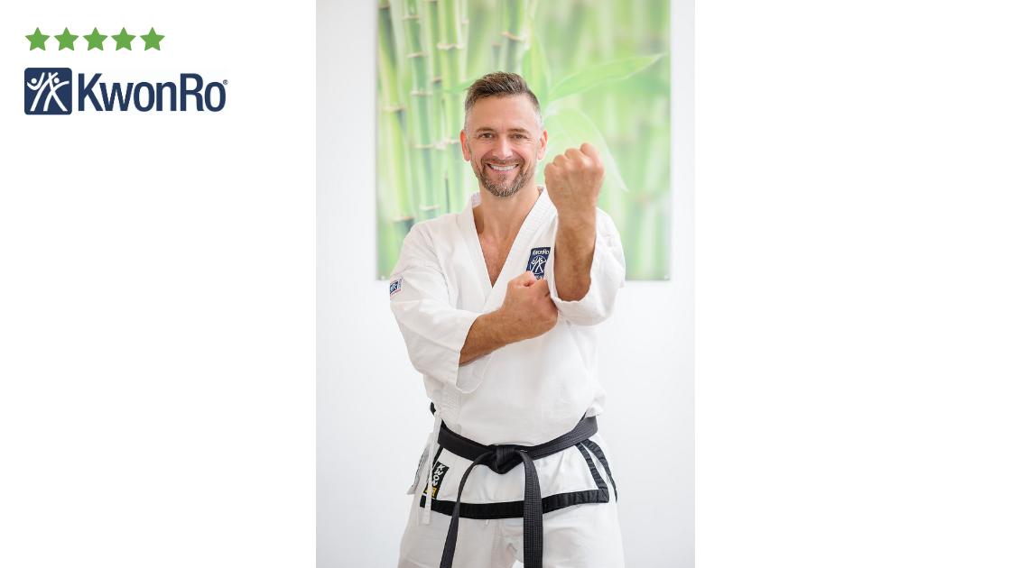 Stefan R.: Robert Rath ist der beste Personaltrainer, den ich je kennengelernt habe. Als Taekwondo Profisportler und Leiter der KwonRo Sportschule ist es mir wichtig, uneingeschränkt fit zu sein. Begonnen haben wir mit dem Personaltraining, weil ich...