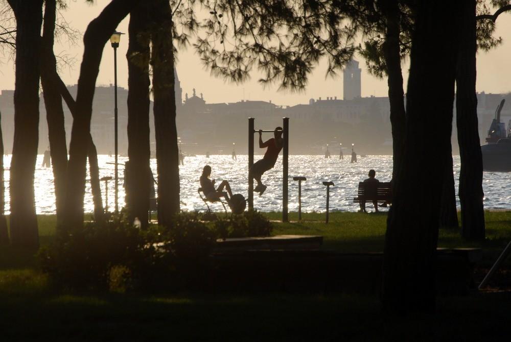 Park und Fitnessbereich- zwei Minuten zu Fuß