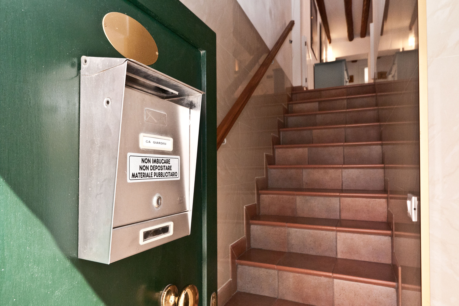 Entrée: escaliers