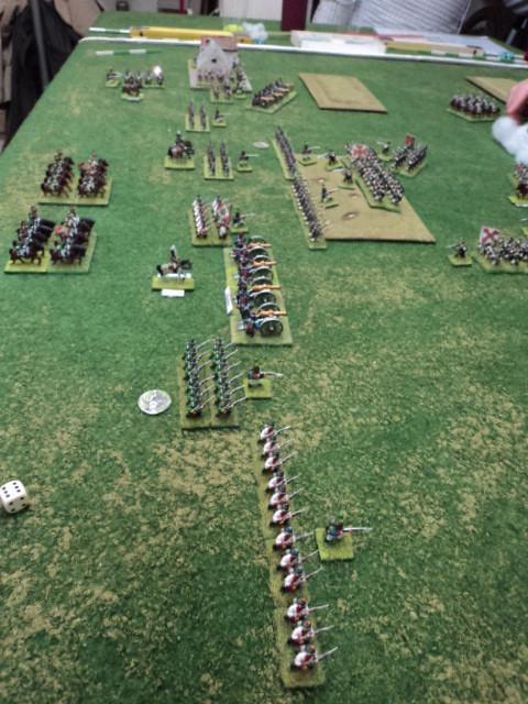 Schieramento francese. La battaglia è già cominciata. La fanteria russa ha occupato la collina...L'obiettivo russo in attacco...