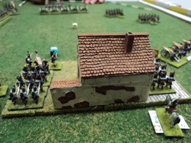 L'ala destra francese, al comando di Loris, presidia il villaggio (obiettivo difensivo)