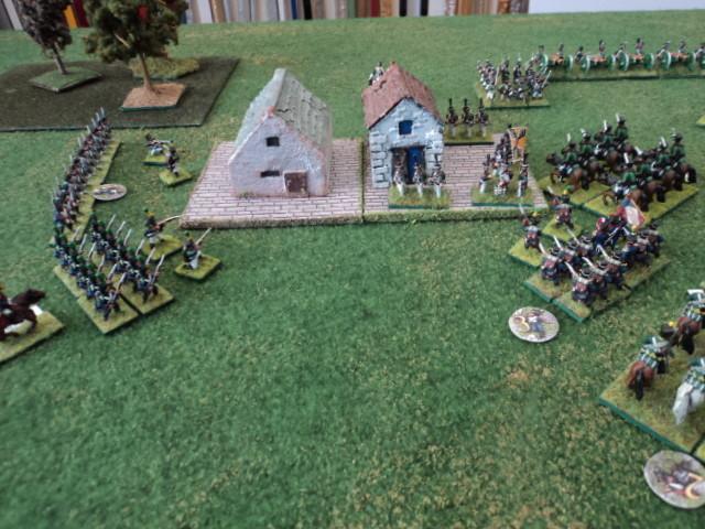 Dopo un lungo combattimento il Battaglione di Granatieri russi che difendeva un settore del villaggio è stato eliminato ma la fanteria francese è distante e non riesce ad entrare per occupare il settore...