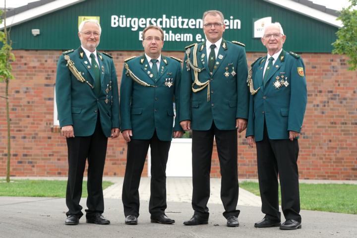 (v.l.) Heinz Assen, Gerwin Kuipers. Michael Rohlfs, Horst Bentje