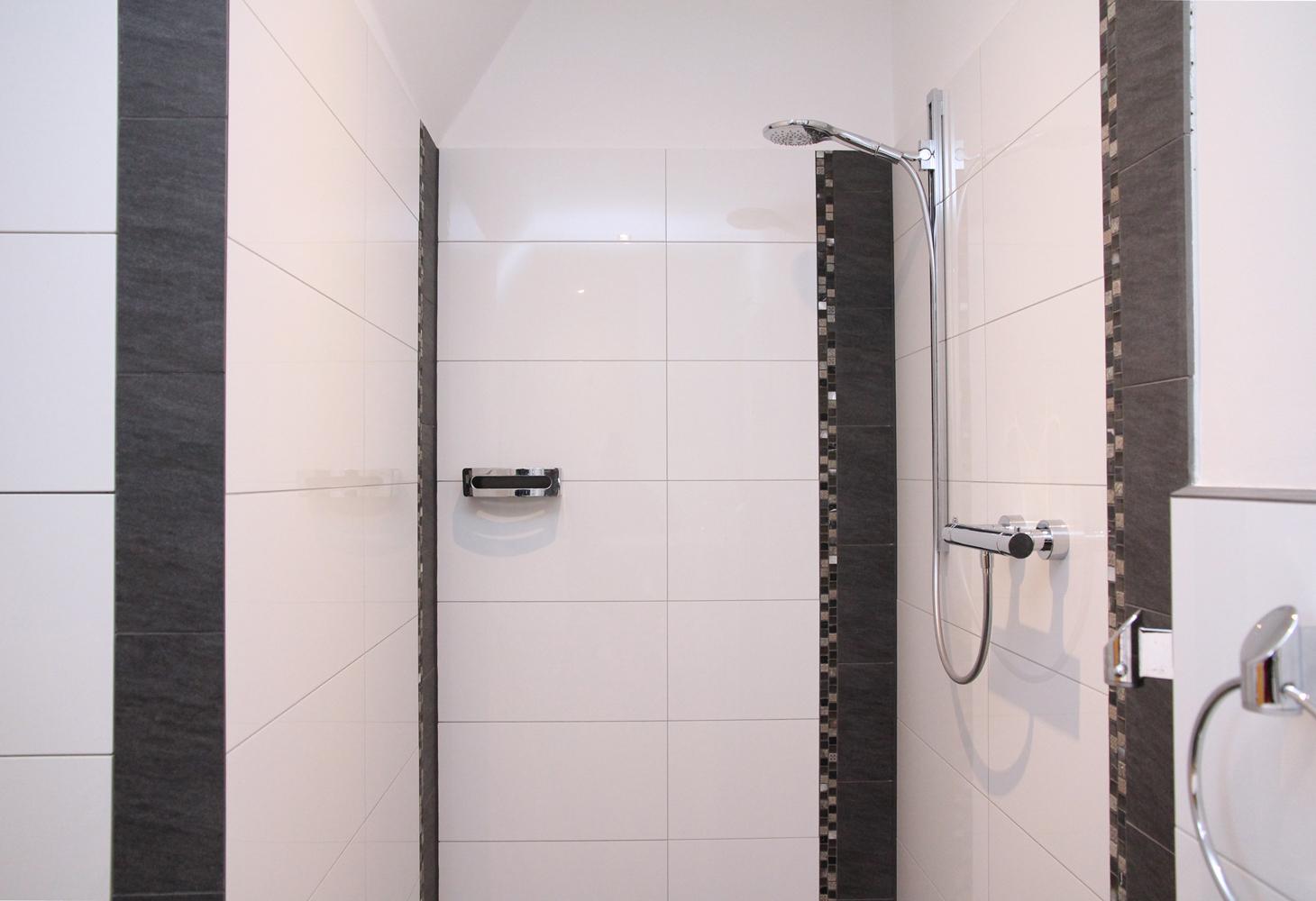 …lassen sich gut als Gestaltungselemente im Wandbereich nutzen.