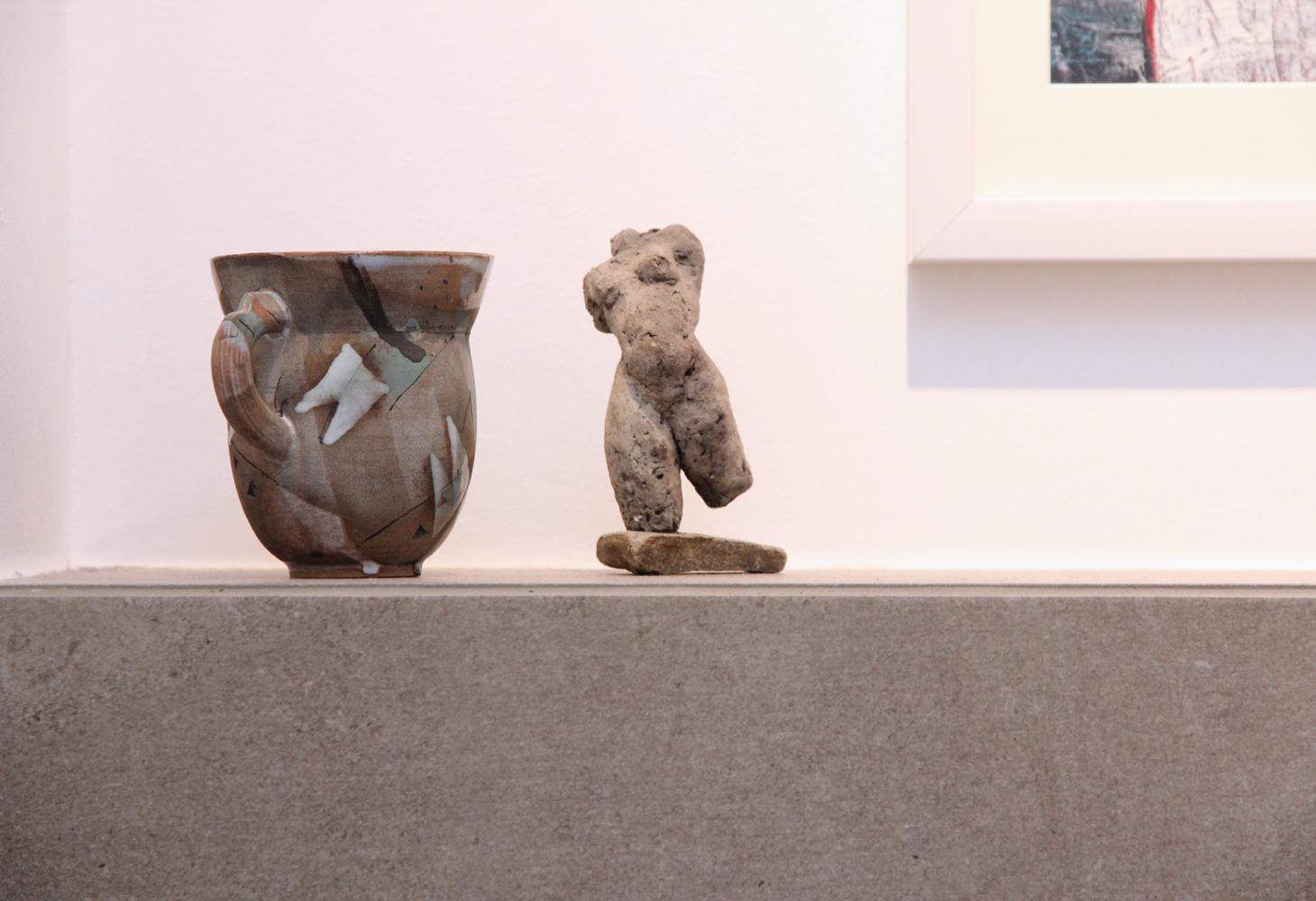 Harmonie von Skulptur und Flies.