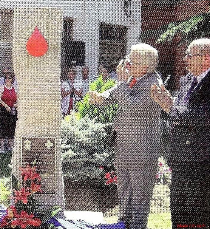 Monumento en Honor a Los Donantes de SANGRE. León - España.