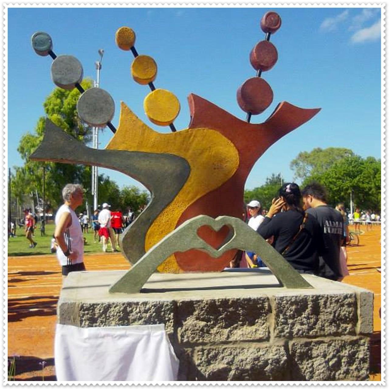 Monumento Homenaje a los Donantes de Médula Osea, Argentina 2014.