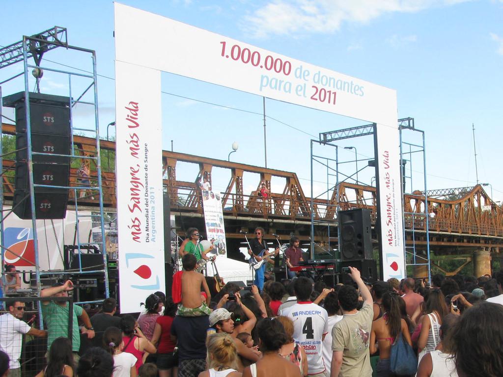 Recital de LOS TIPITOS.
