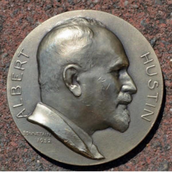 Frente Medalla de Bélgica: Dr. Albert Hustin.