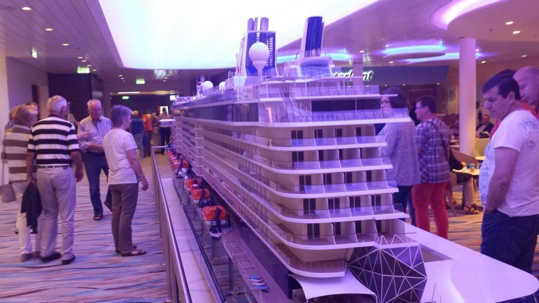 Modell Mein Schiff 4 auf Deck 4