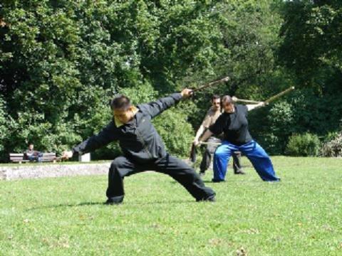 Doppelstreitkolben-Training mit Meister Chen Ziqiang, Stuttgart 2009
