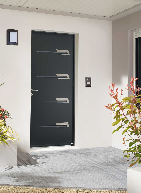 Porte Entrée Acier insert inox LAUVIE Menuiserie dormant aluminium.