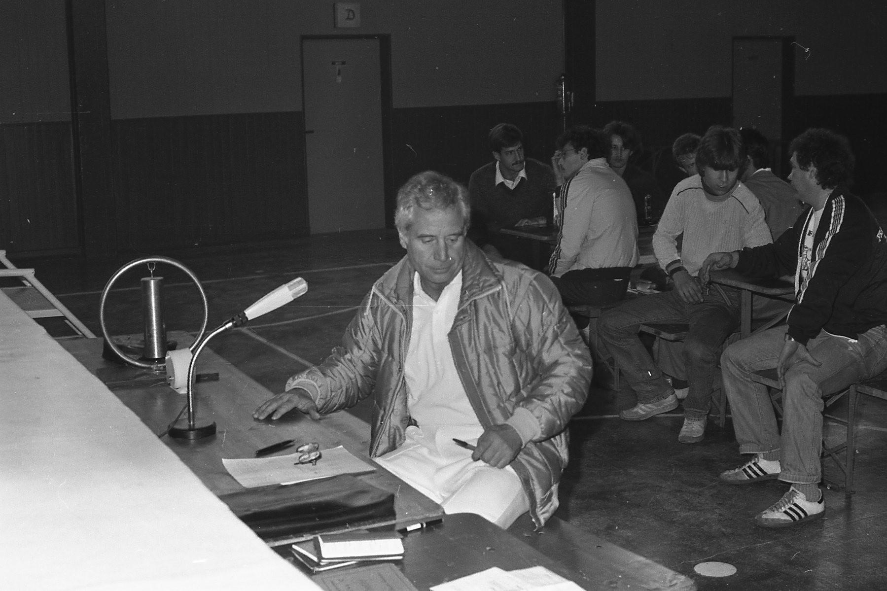 Ringrichter Walter Willnow in der Pause
