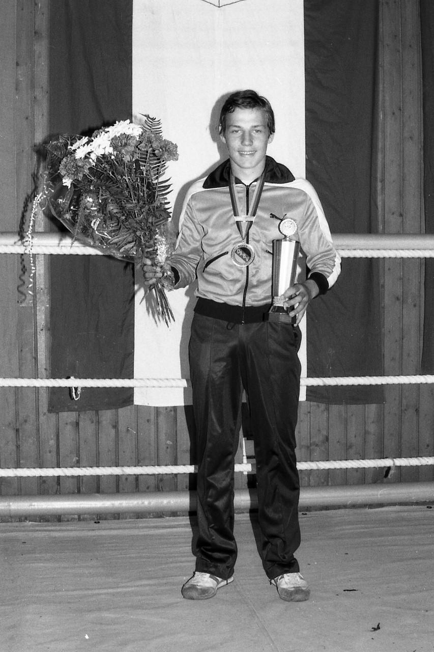 Roberto Caruso, Deutscher Jugendmeister 1981, Halbschwergewicht