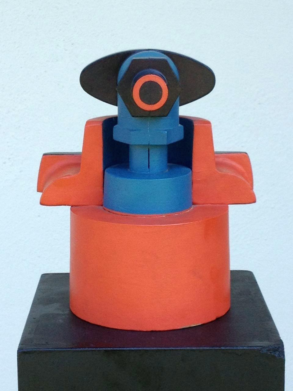 Technokrat, Holzobjekt farbig bemalt, 20 x 18 x 14 cm, 1971 (#562)