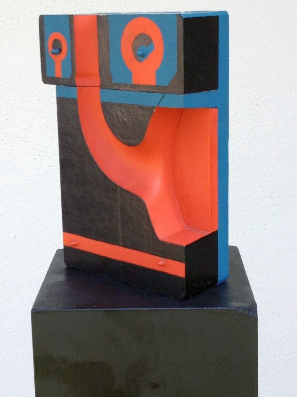 Technik-Idol 1, Holzobjekt farbig bemalt, 26 x 12 x 12 cm, 1971 (#563)