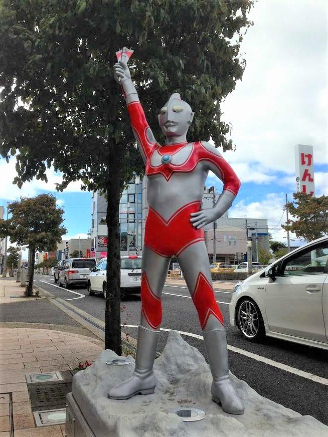 須賀川ウルトラマン通り(松明通り)