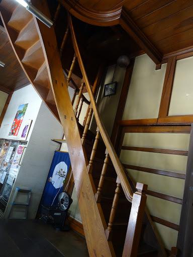甲斐本家蔵座敷 らせん階段